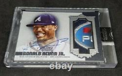 2019 Topps Dynasty Patch Auto Ronald Acuna Jr. 5 CLR GAME-USED PATCH/AUTO SSP/5