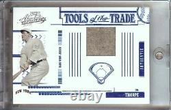 Jim Thorpe 2005 Absolute Tools of the Game Jersey NY Giants #TT-132 175/250