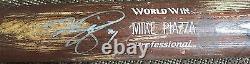 Mike Piazza Signed Game Used Mizuno Baseball Bat Uncracked NY Mets auto JSA COA
