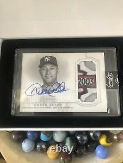 2020 Topps Dynasty #2 De 5 Derek Jeter Autographié Jeu Utiliser Tout Star Logo Patch