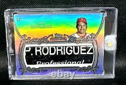 2021 Topps Sterling Ivan Pudge Rodriguez 1/1 Bat Barrel Jeu Utilisé Nom Plaque