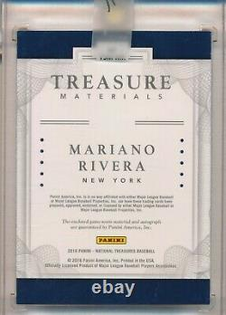 Mariano Rivera Yankees Auto 2018 Panini Nt Jeu Utilisé Jersey Relic Button 2/5