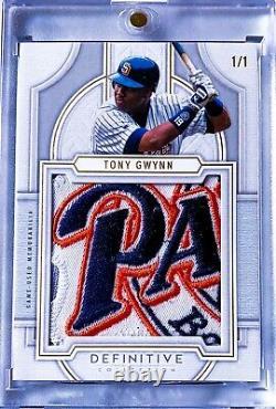 Tony Gwynn 2020 Topps Definitive Patch Collection 1/1 Jeu Utilisé Padres Rare